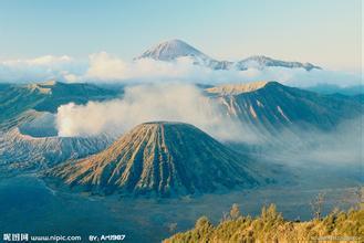 《火山》后作文
